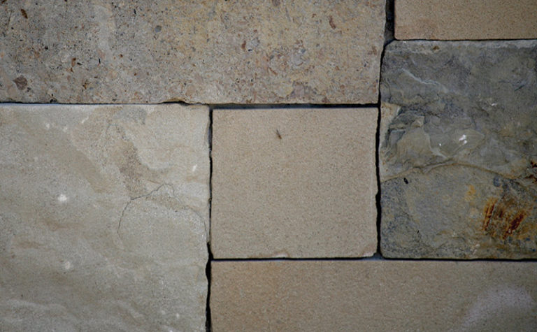 Hill Country Sandstone Blend Sawn Chopped